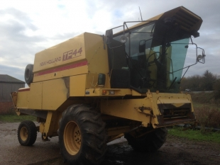 New Holland TF44